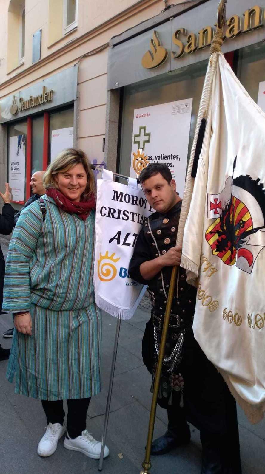 Foto 1 de Trajes de moros y cristianos en  | El Mon Fester