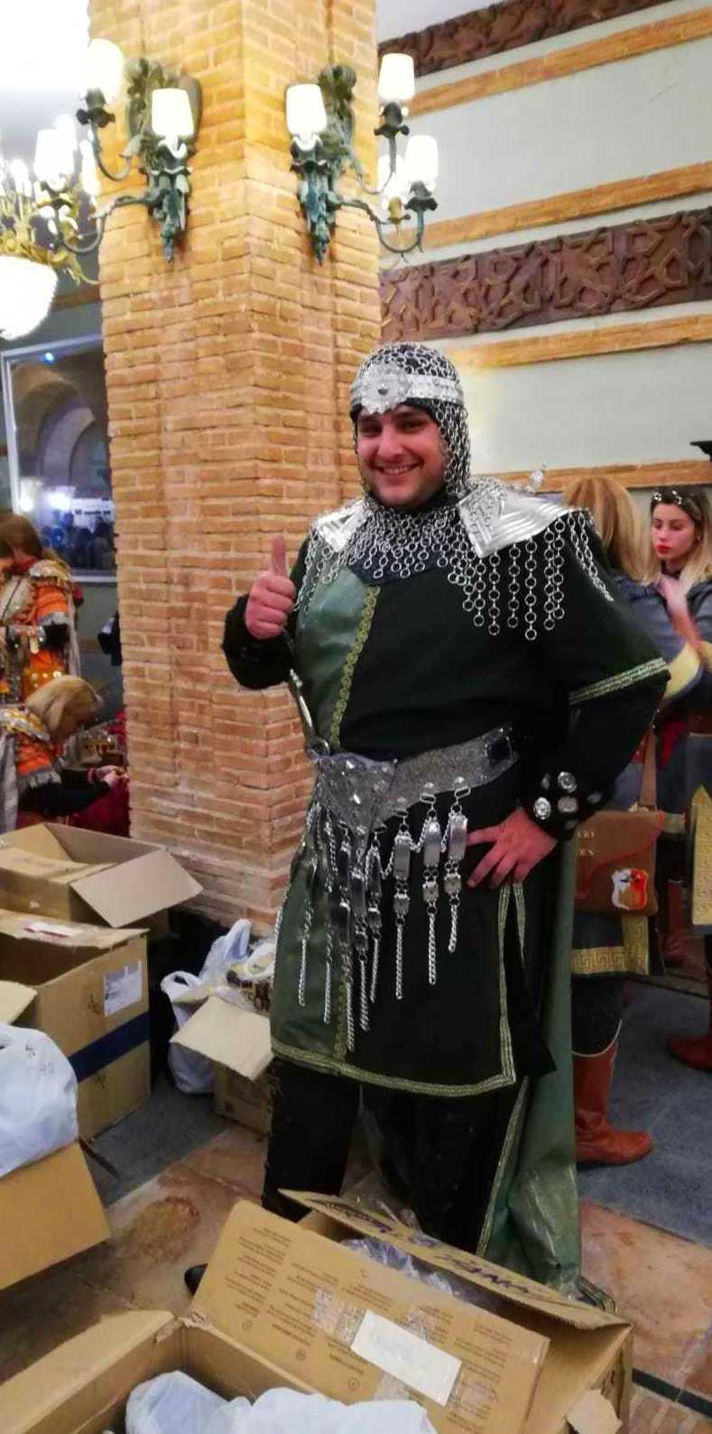 Foto 3 de Trajes de moros y cristianos en  | El Mon Fester