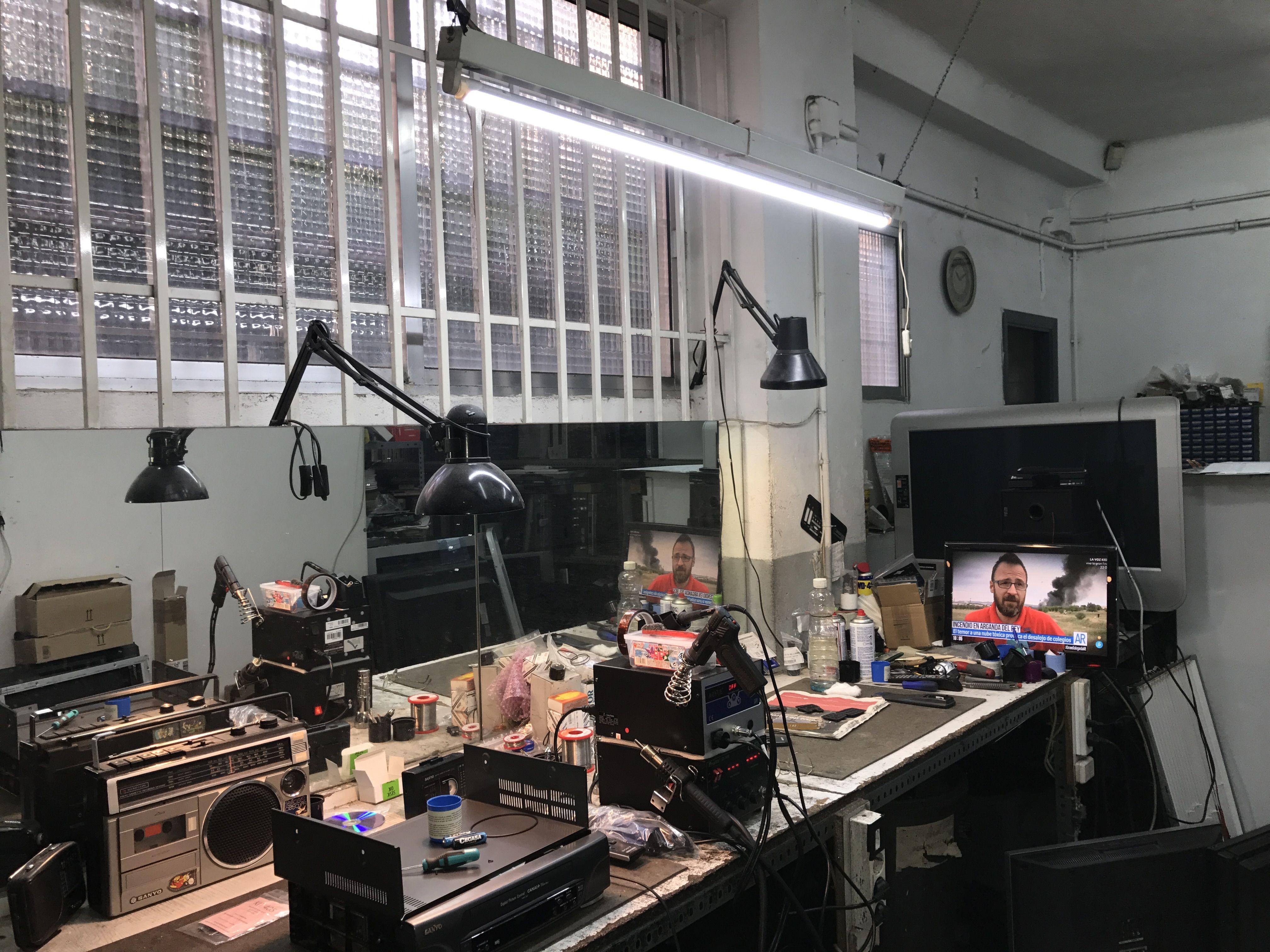Reparación de antenas y porteros automáticos en Madrid