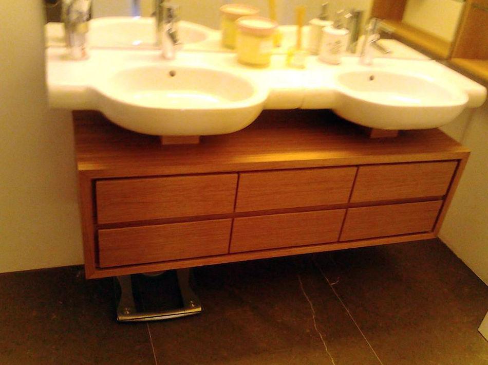 Fabricación y montaje de muebles de baño y cocina a medida en Valencia
