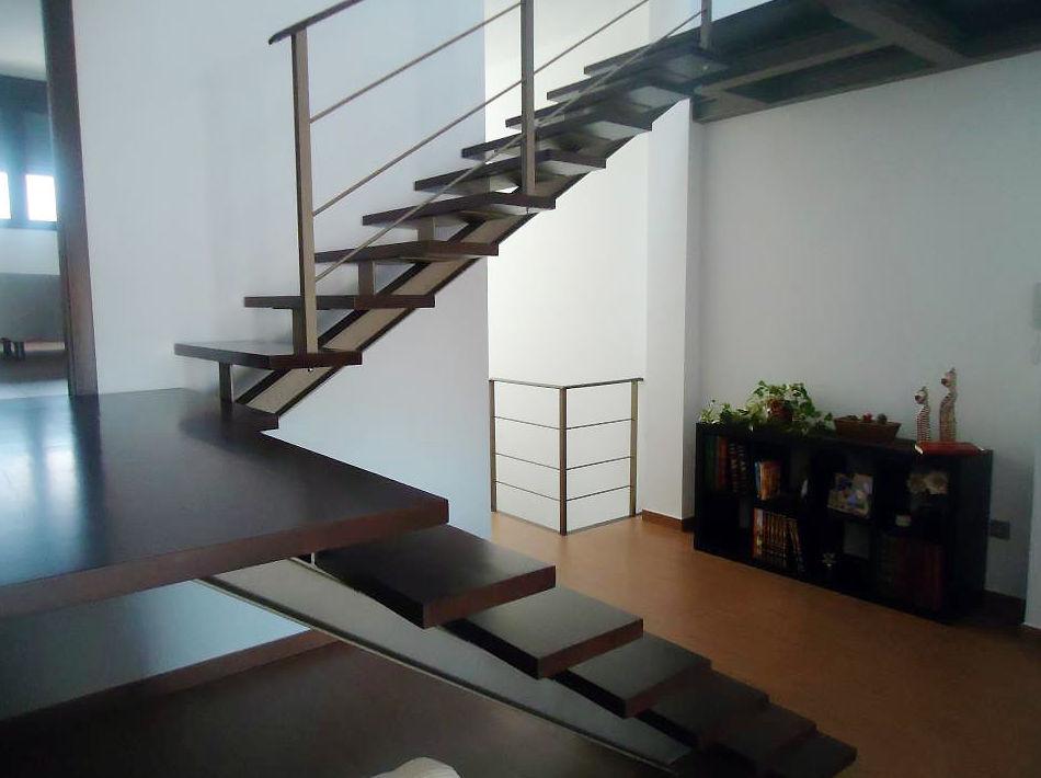 Escaleras y estructuras de madera