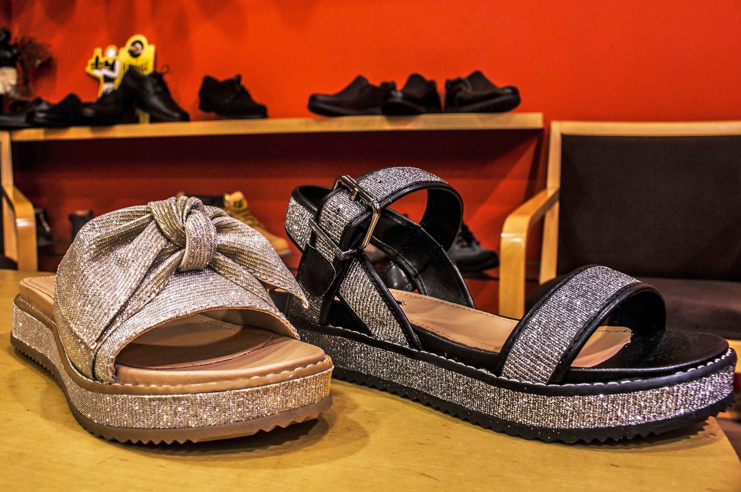 Sandalias de señora en Arteixo