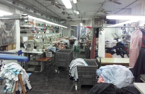 Talleres de confección de ropa en Santa Coloma de Gramenet, Barcelona