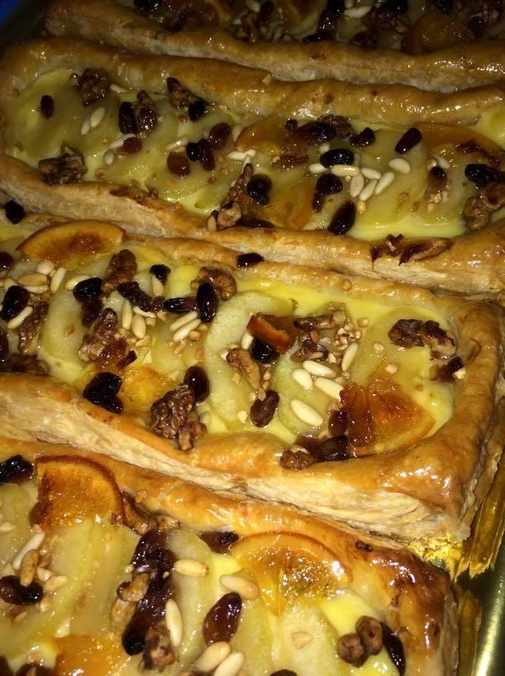 tartas de manzana con frutos secos y pasas