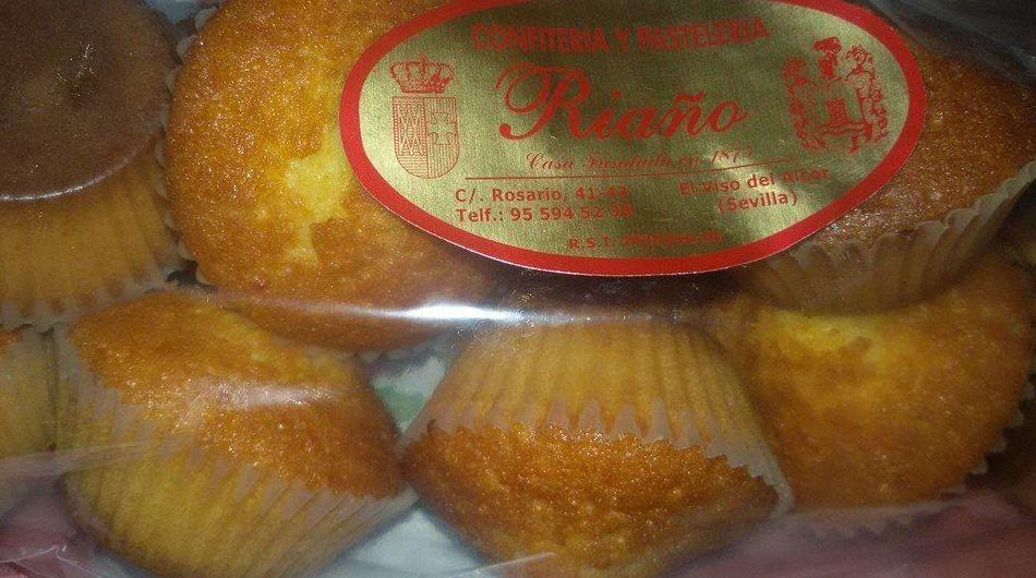Confitería fundada en 1875, Especialidad en magdalenas