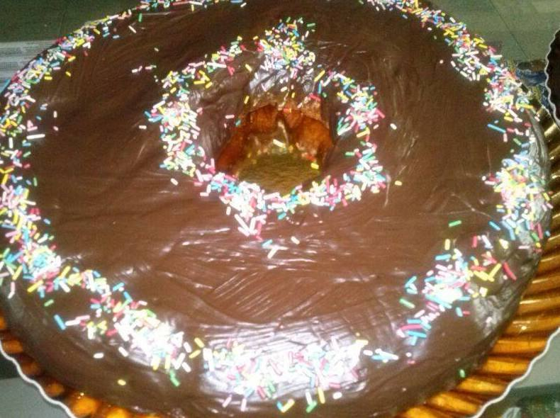 Tarta de donuts con chocolate