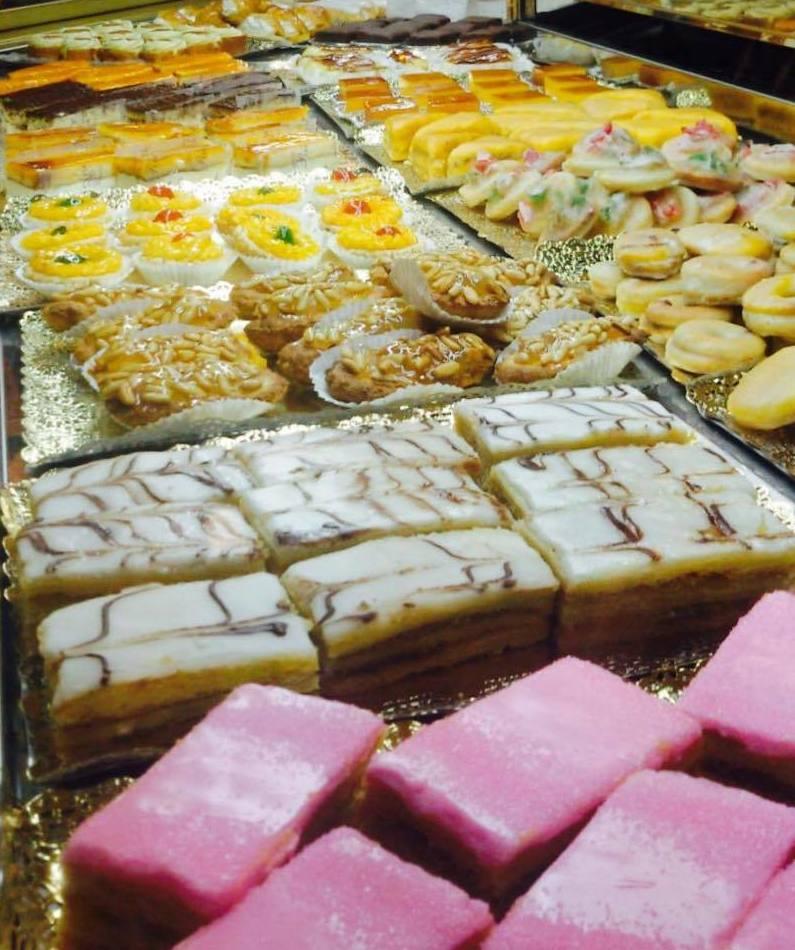 Pasteles y pastas en Sevilla