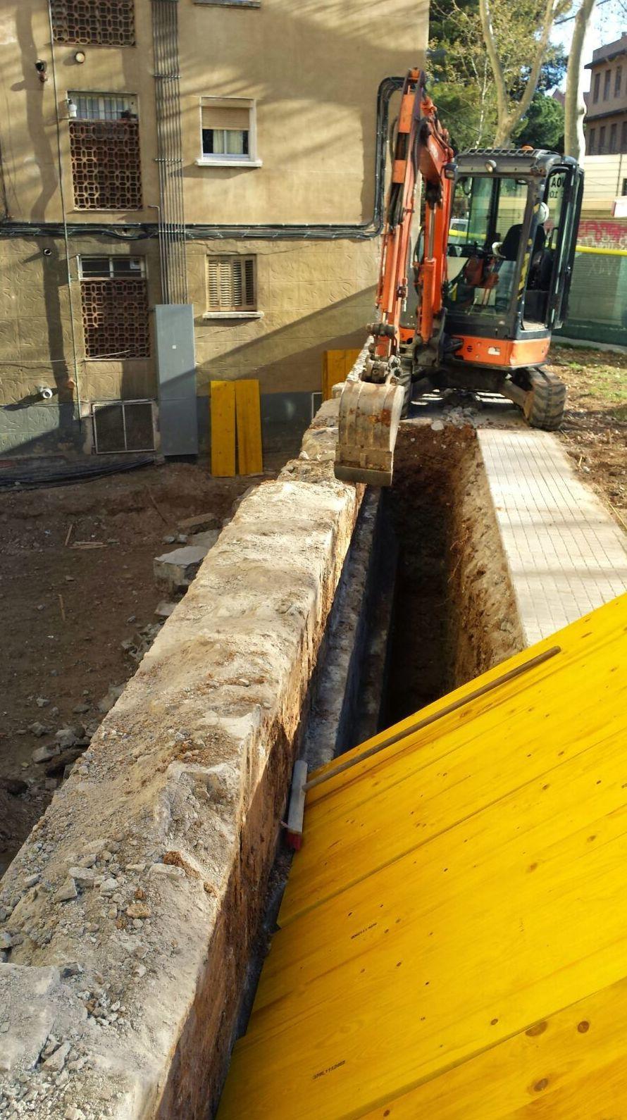 Derribos y excavaciones en Barcelona