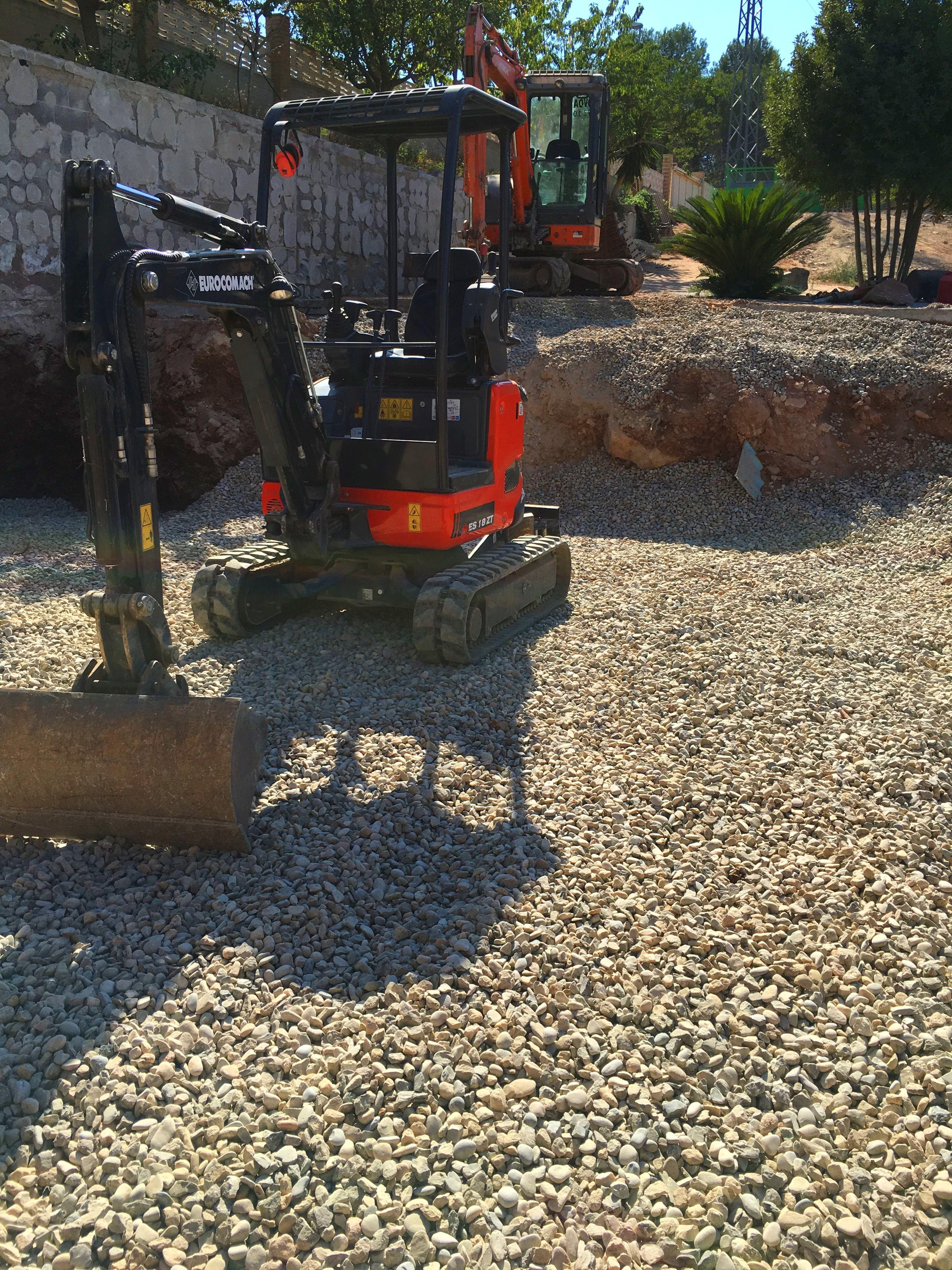 Foto 26 de Excavaciones en Sant Andreu de la Barca | Excavaciones Novoa
