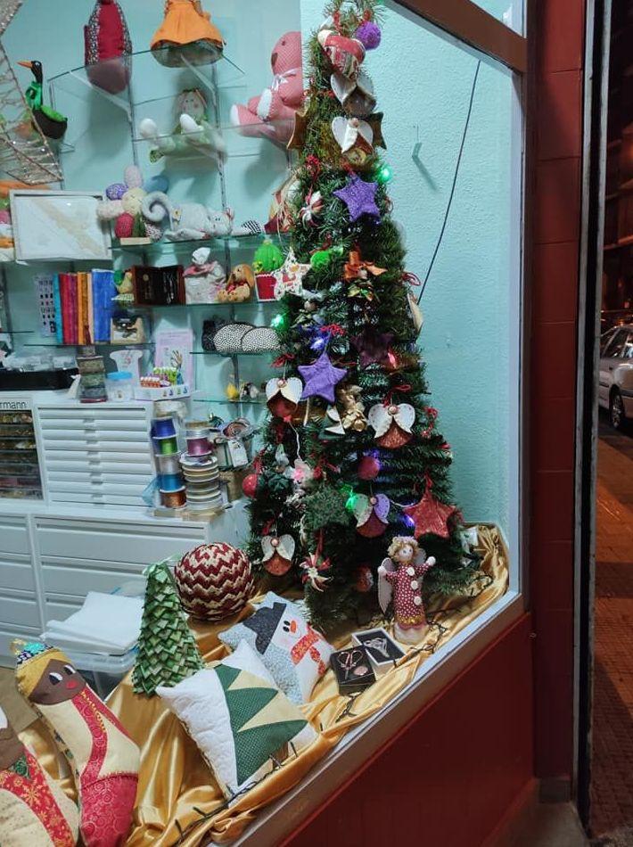 Navidades con ilusión y cariño en Mercería Inma. Ven a descubrir esos detalles que iluminan tu hogar!