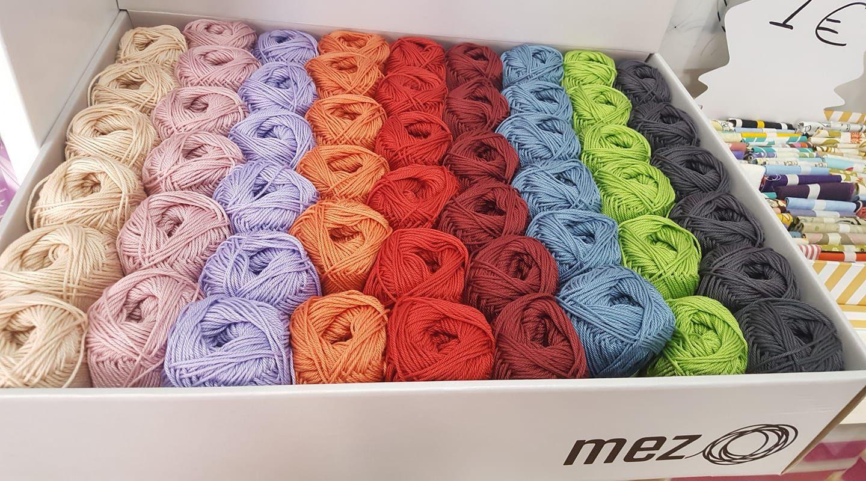 Algodones, con gran surtido de colores para hacer tus prendas de verano y tus Amigurumi.