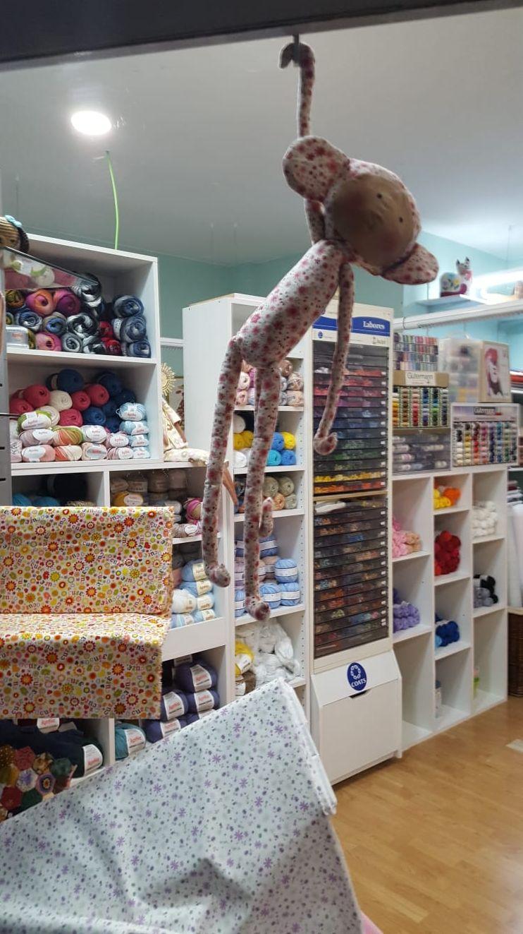 Merceria Inma: Adornos textiles y artículos de costura