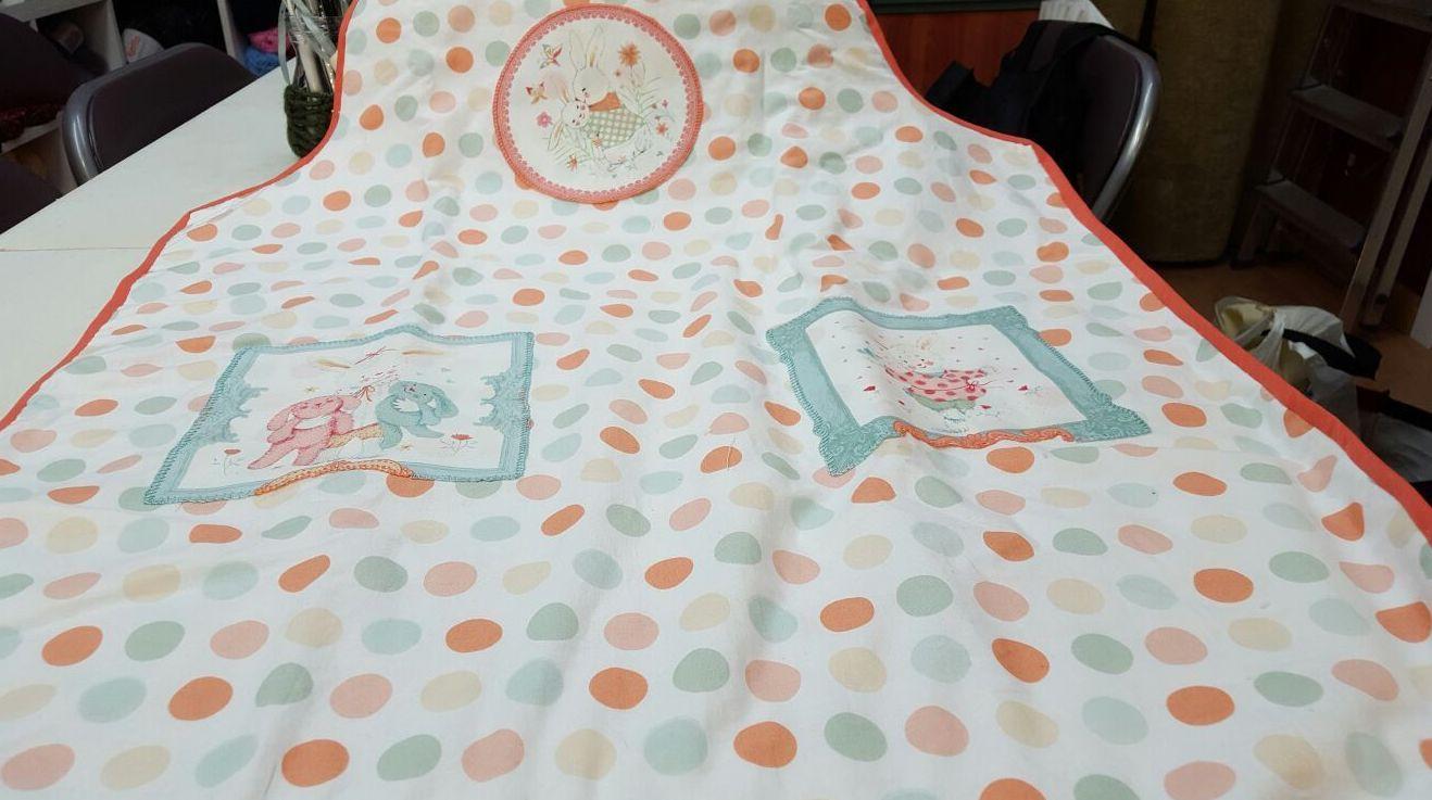 Esta bolsa y pañalero los ha hecho nuestra alunna para el bebe que estan esperando con mucha ilusion