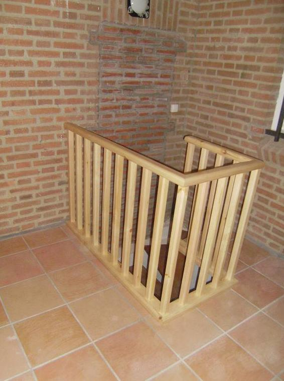 Barandillas de  madera a medida