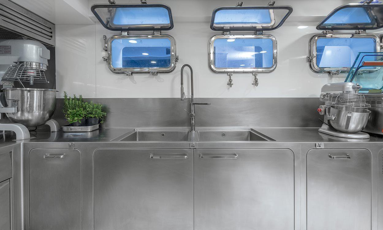 Diseño de cocinas náuticas industriales Baleares