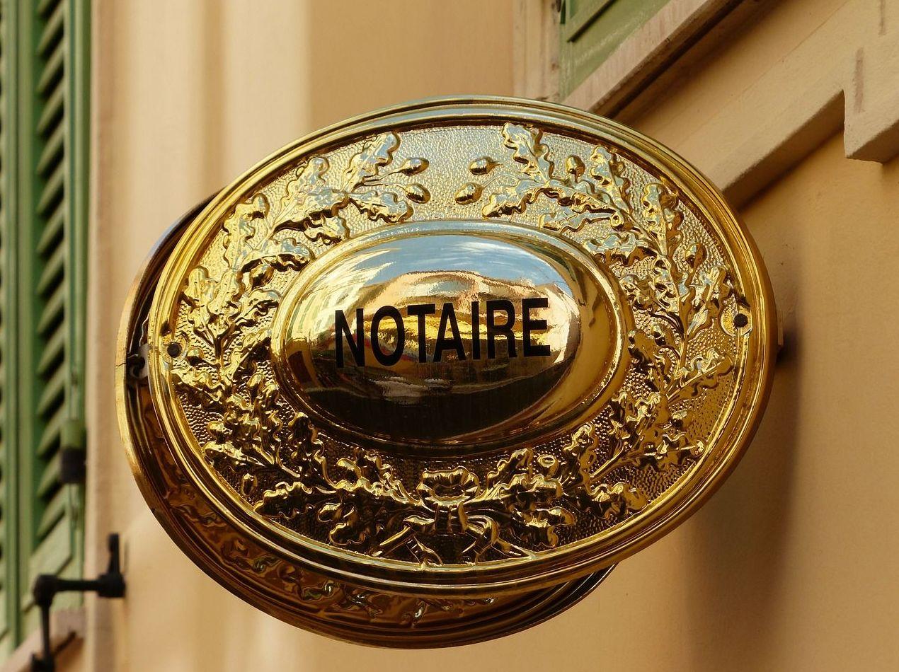 """""""Usted tiene derecho a elegir notario"""""""