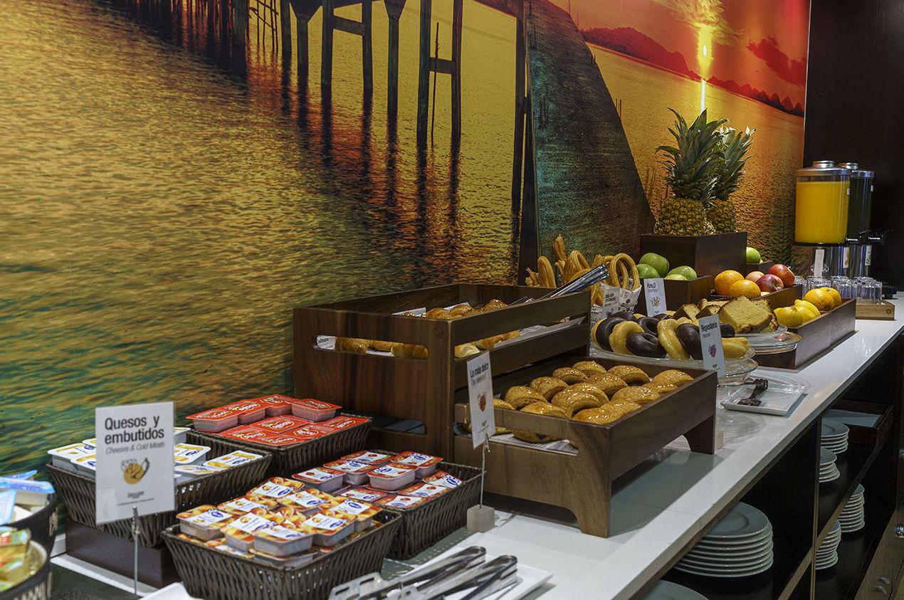 Foto 5 de Asadores en Arganda del Rey | Restaurante El Roble Hotel AB Arganda