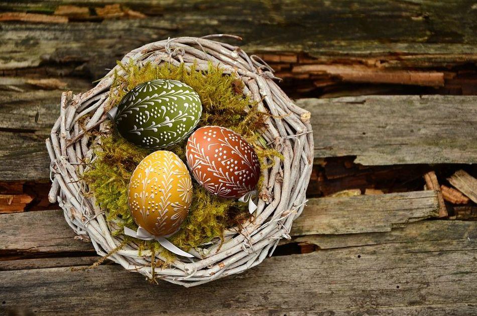 Felices Pascuas y Feliz Semana Santa