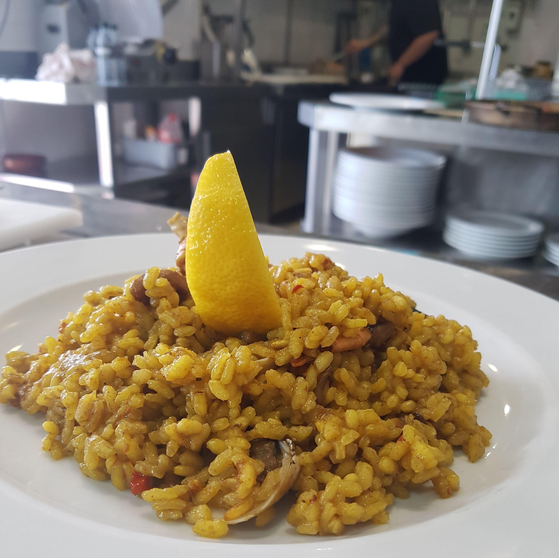 Foto 2 de Asadores en Arganda del Rey | Restaurante El Roble Hotel AB Arganda