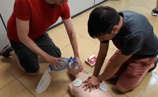 Foto 4 de Cursos de primeros auxilios en Cerdanyola Del Vallès | Reanimando