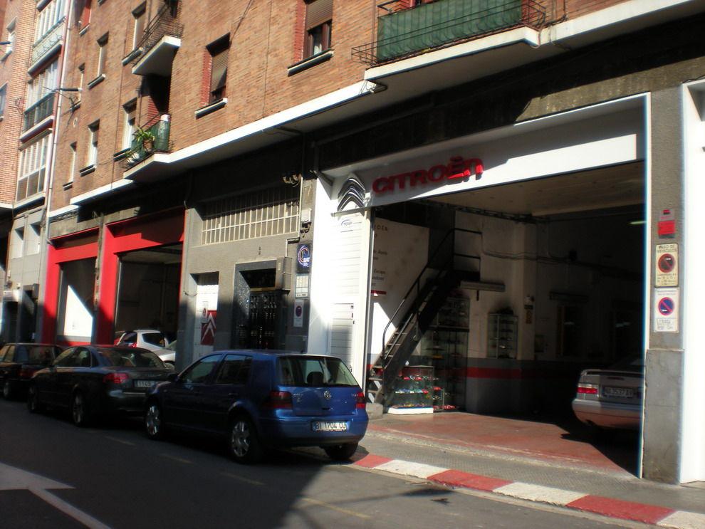 Foto 4 de Talleres de automóviles en Bilbao | Talleres Arberas