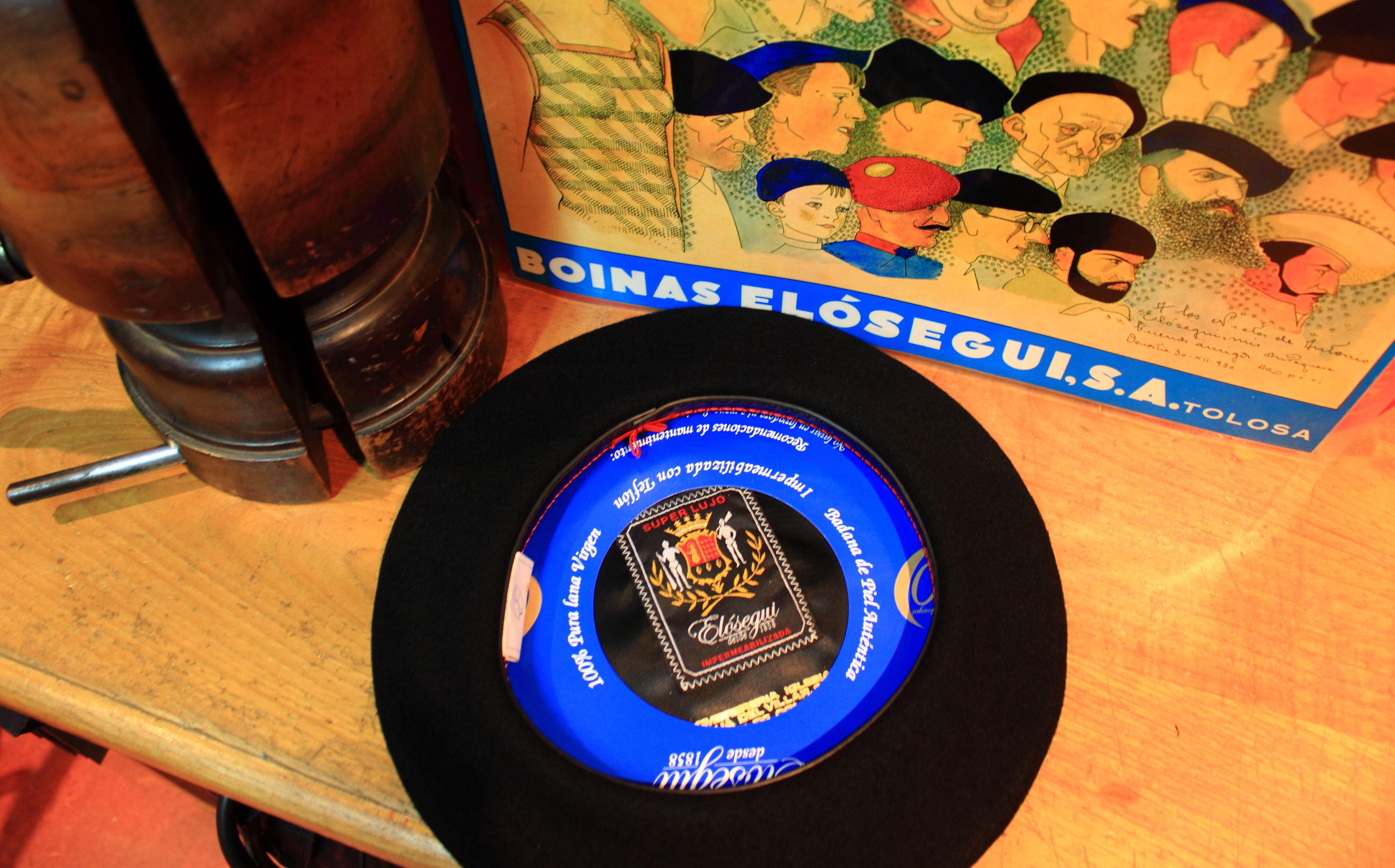 Super Lujo: Catálogo de Sombrerería Iglesias