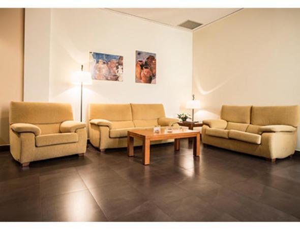 Tanatorio de Onda. Amplias y confortable salas