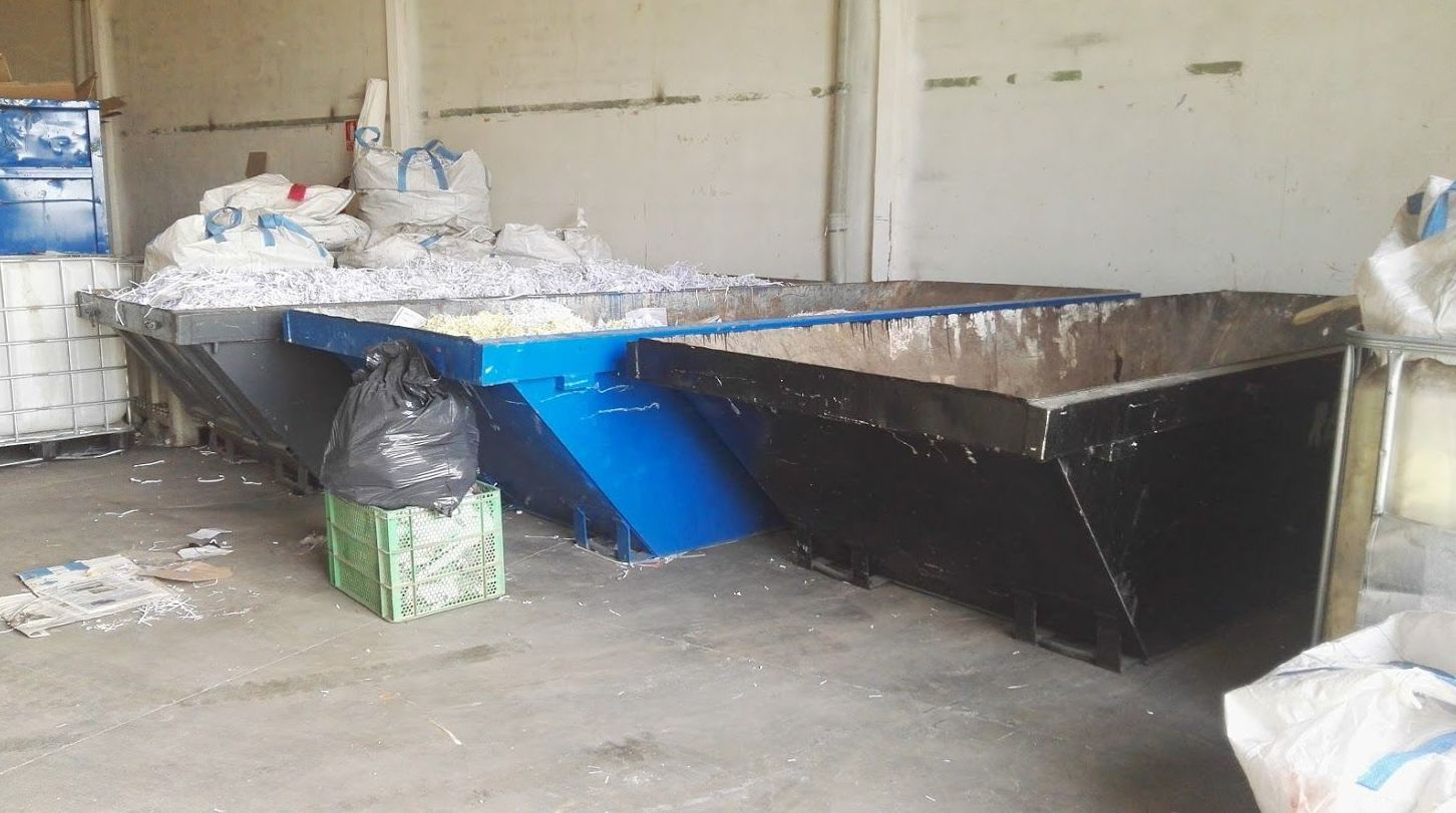 Nave para el reciclaje