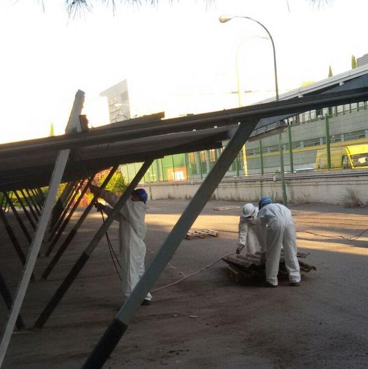 Desmontaje placas de amianto (marca Uralita) en Madrid