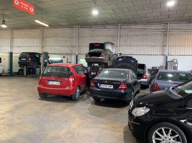 Foto 1 de Talleres de automóviles en MURCIA | Movilmur Automoción