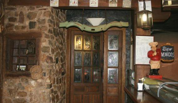 Foto 13 de Restaurantes en RIAZA | Restaurante Asador  El Encinar