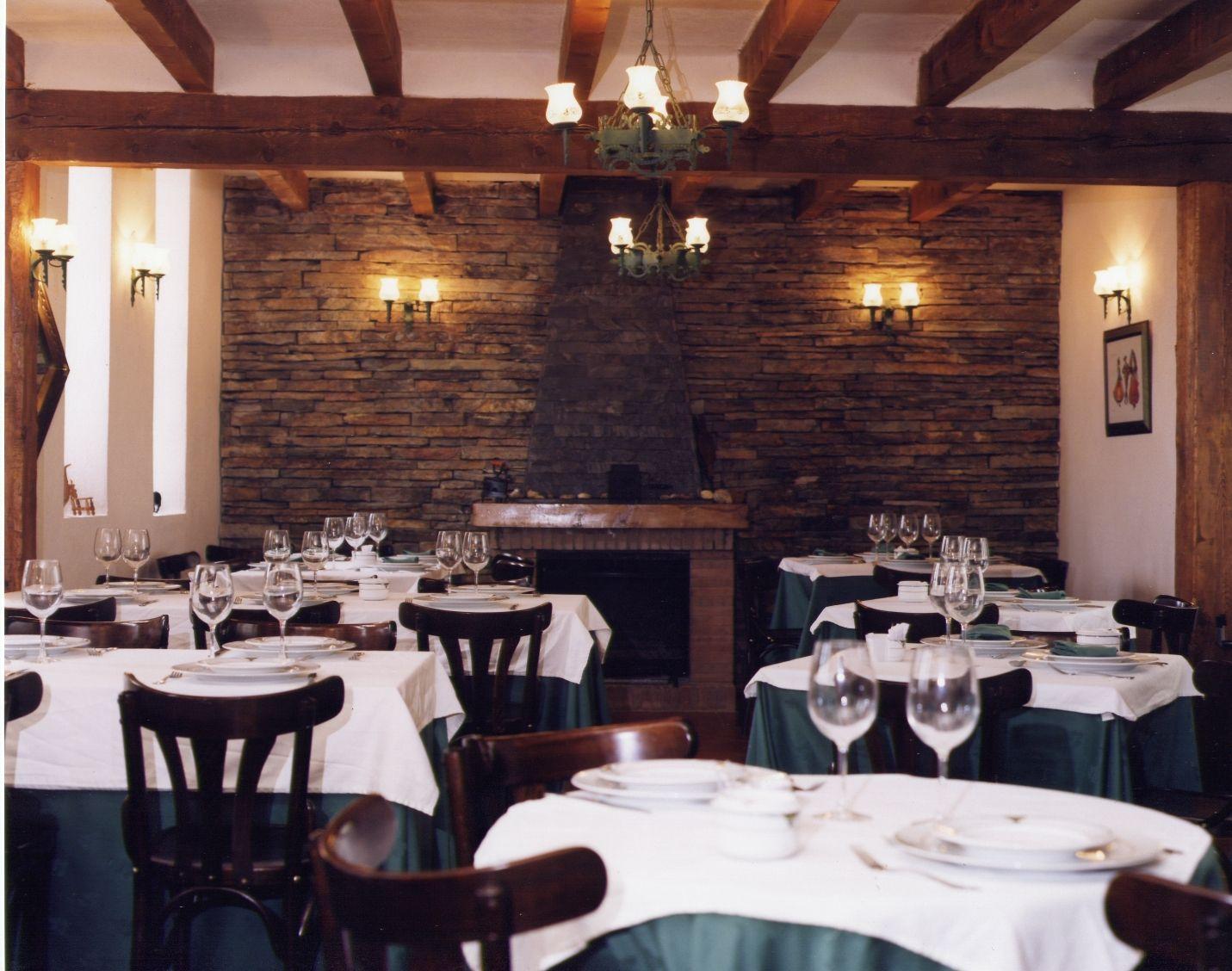Foto 22 de Restaurantes en RIAZA | Restaurante Asador  El Encinar