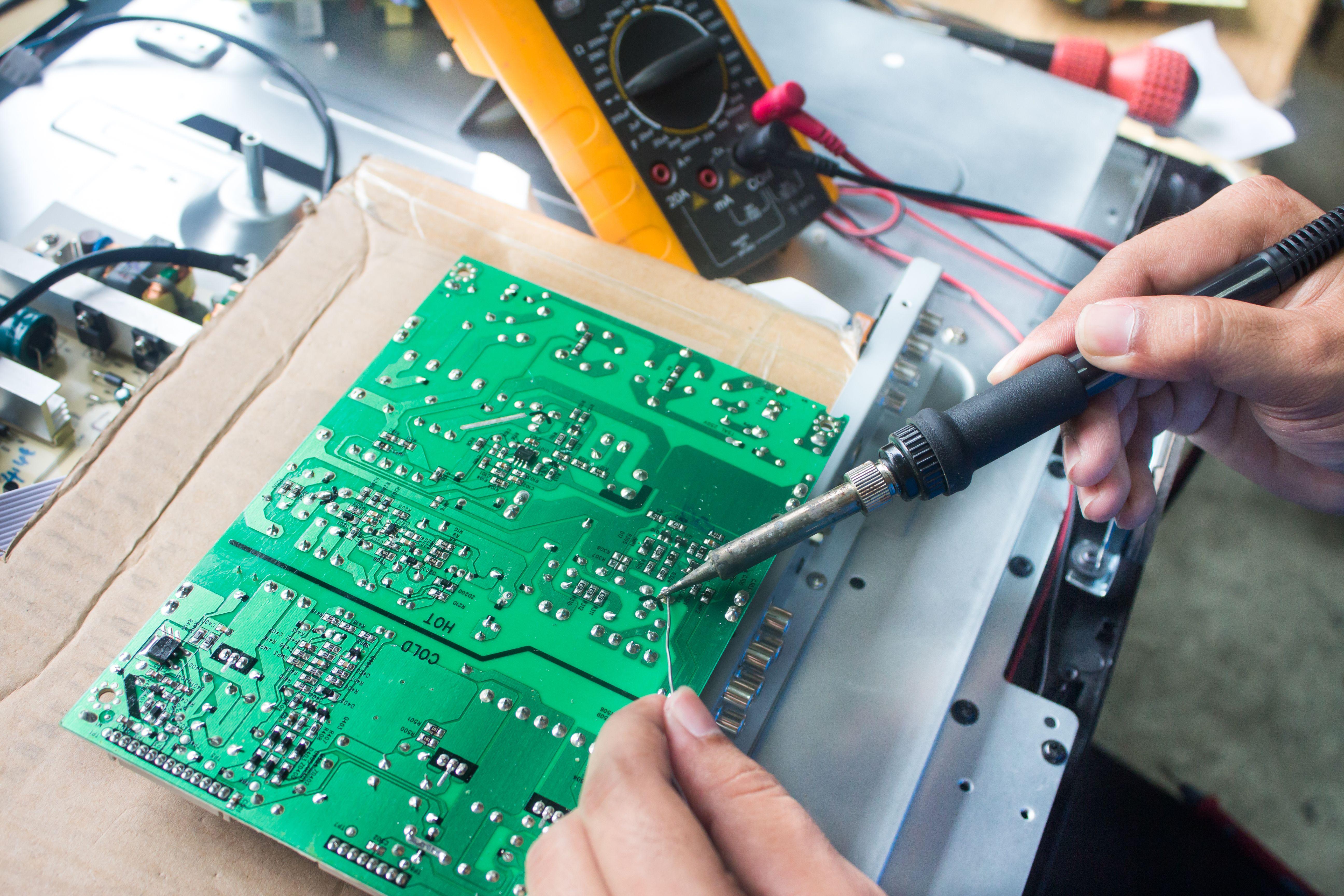 Foto 16 de Reparación de electrodomésticos y venta de respuestos en  | Reparaciones y Repuestos Gasyluz (Tajuelo.Pedro)