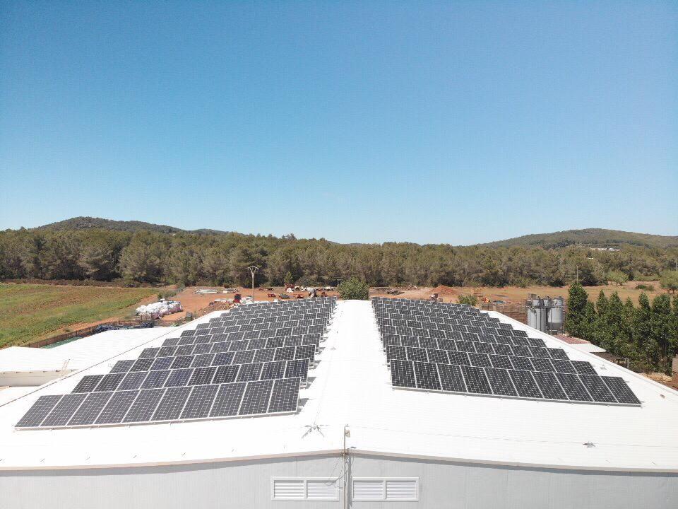 Instalación solar para la empresa Mr. Chippy en Ibiza