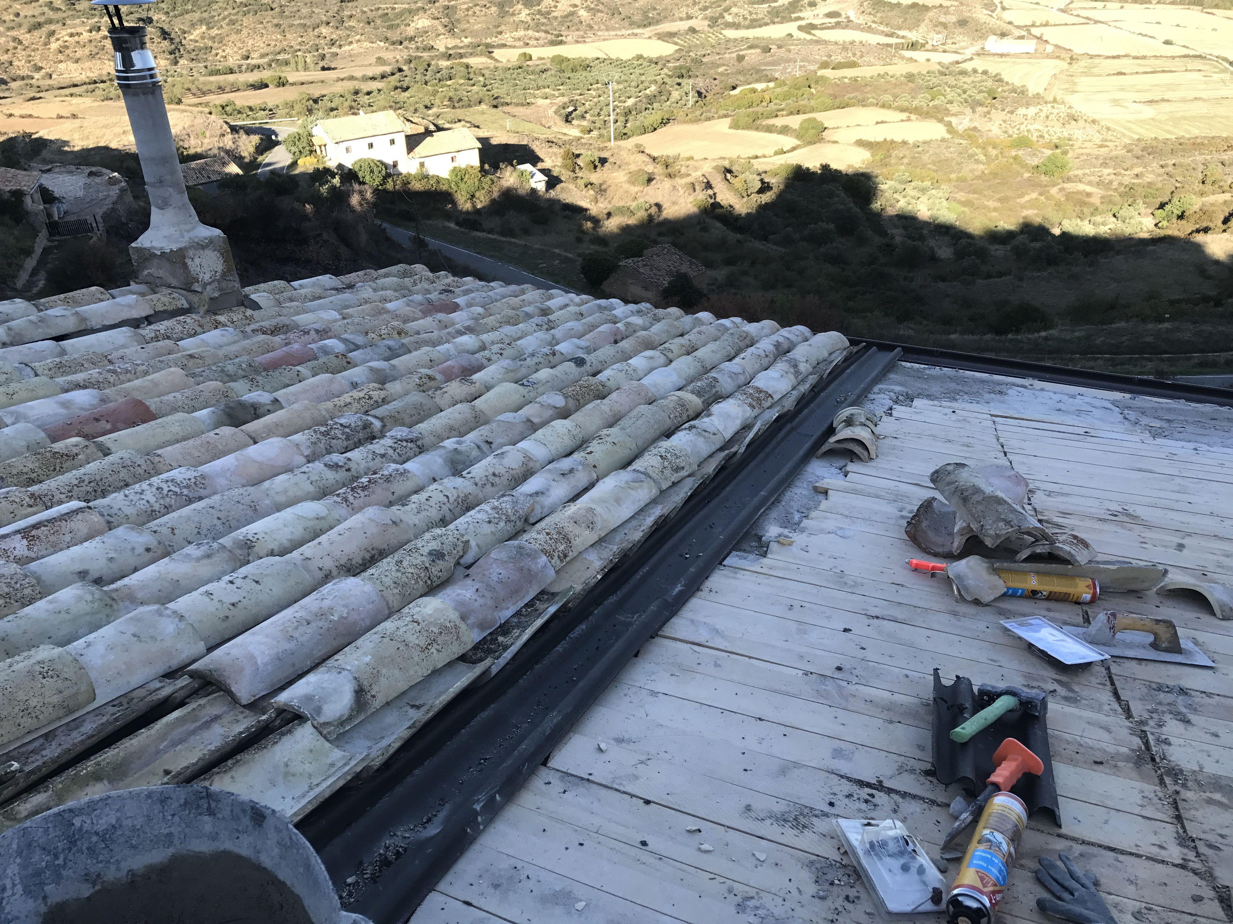 Reparación de tejas en Madrid