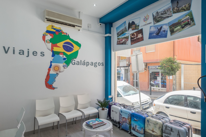 Foto 3 de Agencias de viajes en Esplugues de Llobrega | Viajes Galápagos