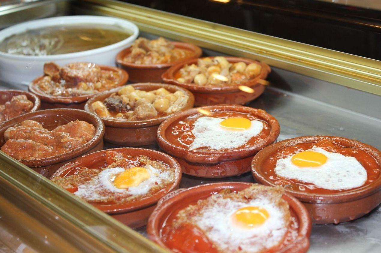 Taberna Rusty especializada en tapas en el centro de Alcalá de Henares