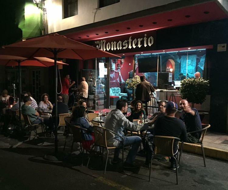 Cenas con espectáculos en Las Palmas