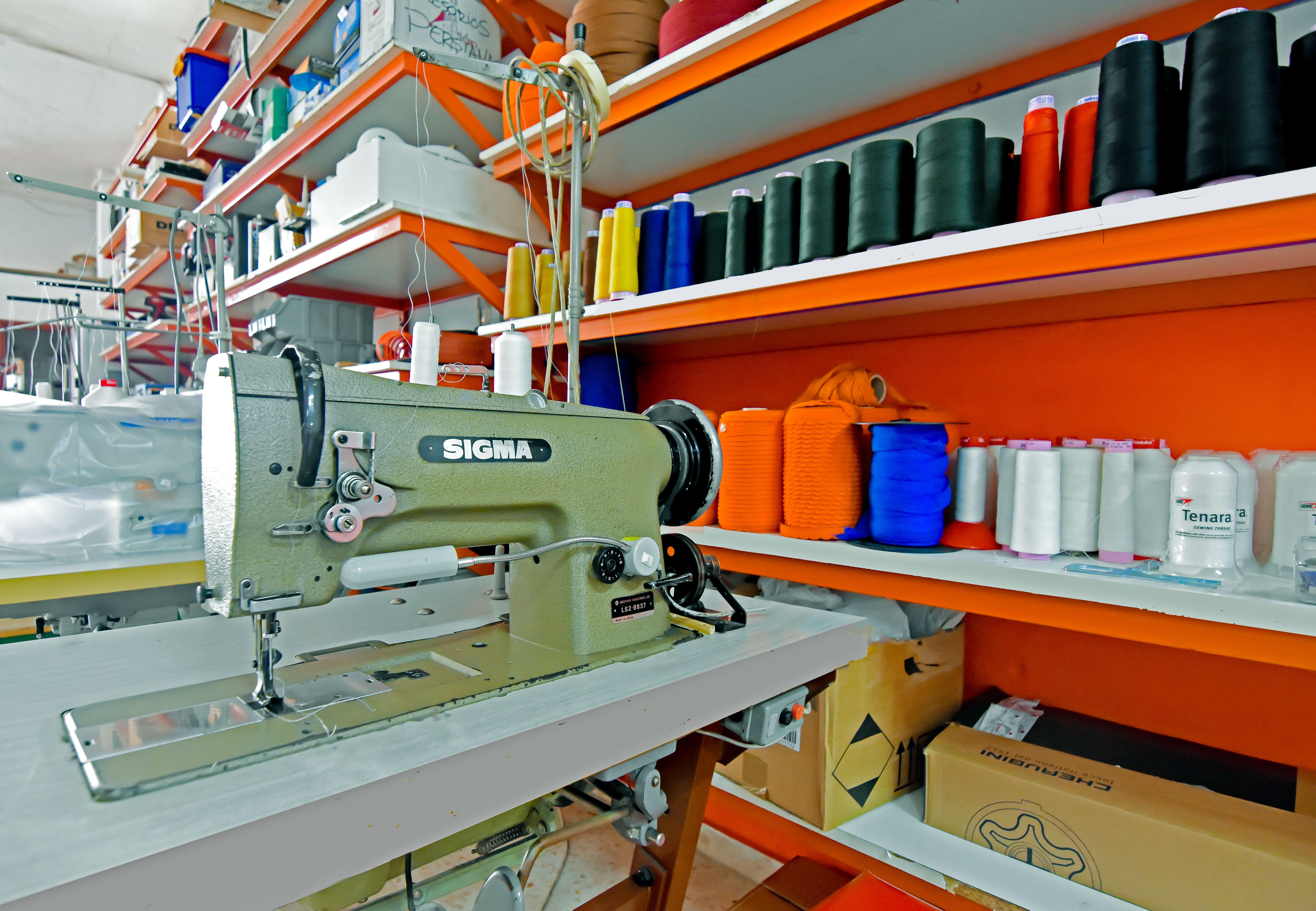 Fabricación, instalación y reparación de toldos