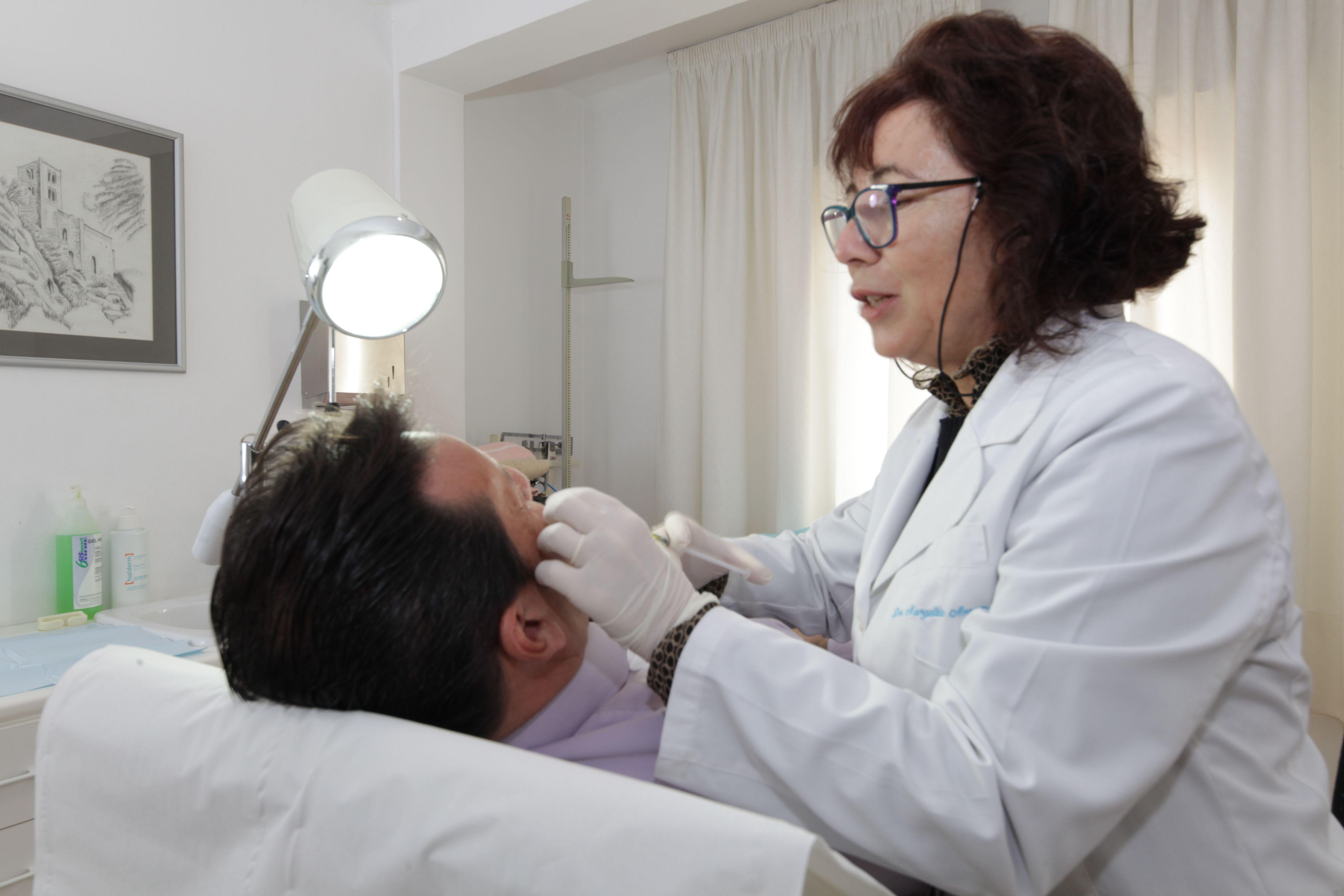 Cada paciente cuenta con un trato  especial y personalizado en la consulta de la Dra. Arrom
