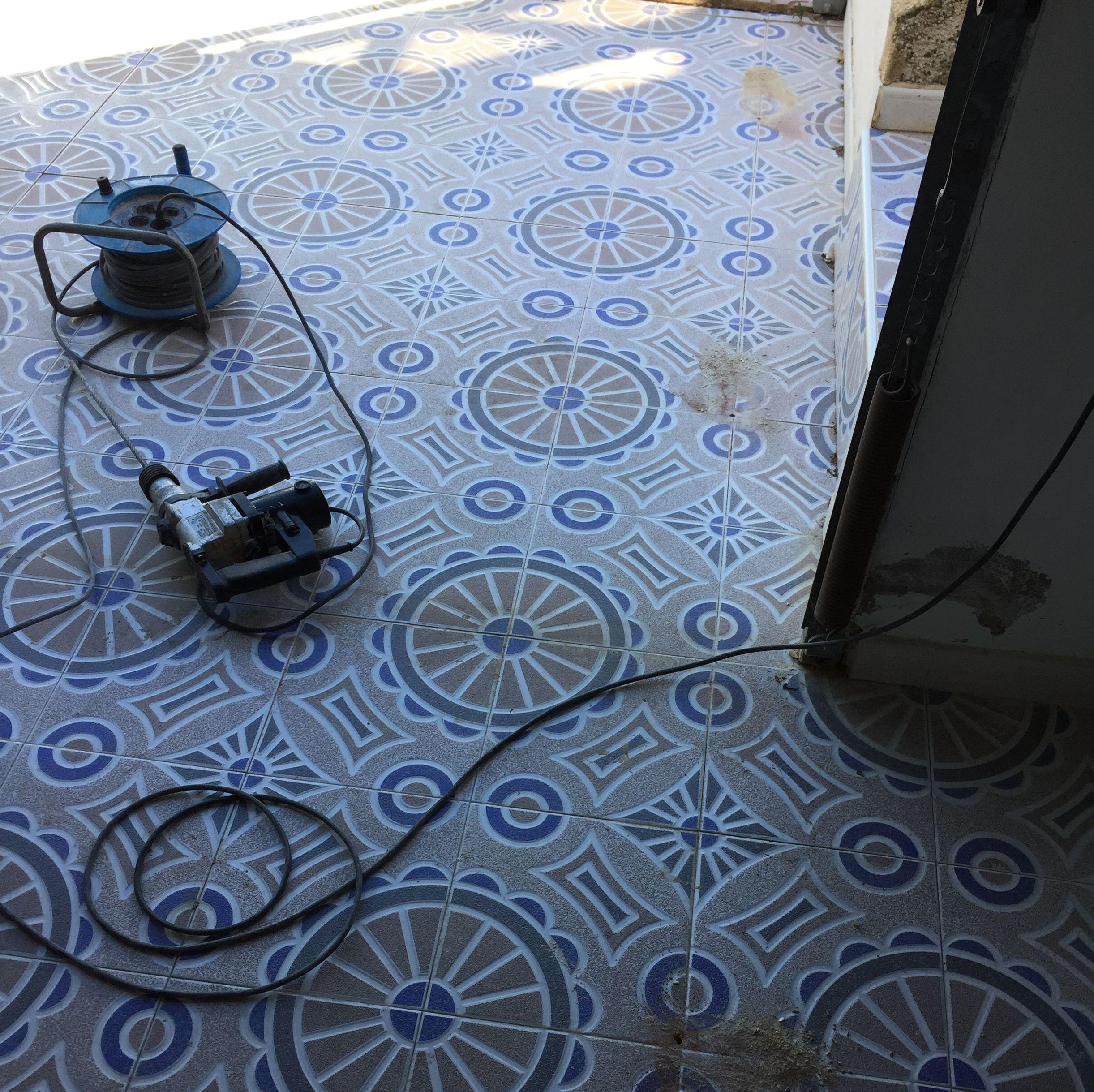 Foto 176 de Empresa de fontanería en Alicante | J.A. Fontaneros