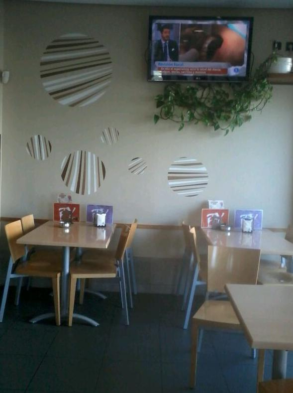 Foto 13 de Cafeterías en Vitoria-Gasteiz | Cafetería Bayona