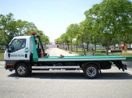 Servicio de camión pluma