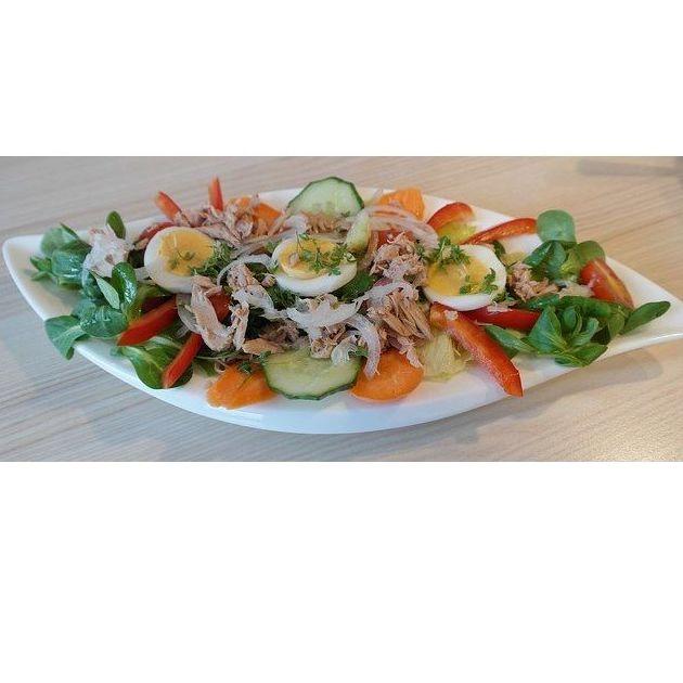 Ensaladas, verduras y huevos. Los más frescos de la huerta y la granja: Nuestros Platos de Restaurante Narcea