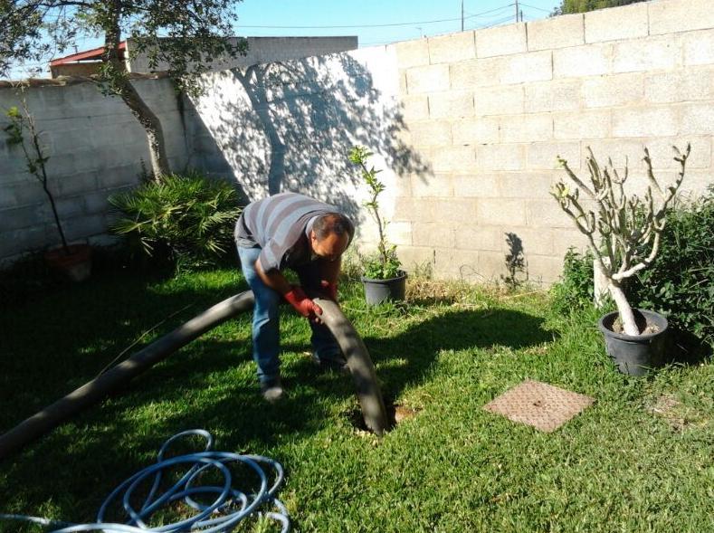 Foto 5 de Pocería en Chiclana de la Frontera | Limpieza de Pozas El Pescaíto