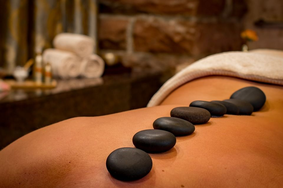 Piedras calientes: Masajes y terapias de Masajes Lilian