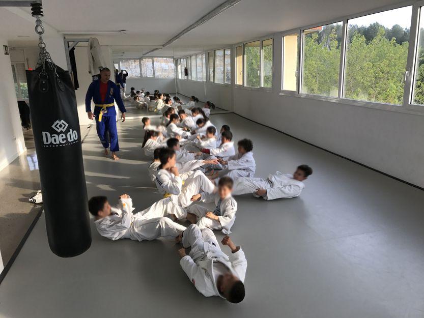 Clases de defensa persona para niños en Tarragona