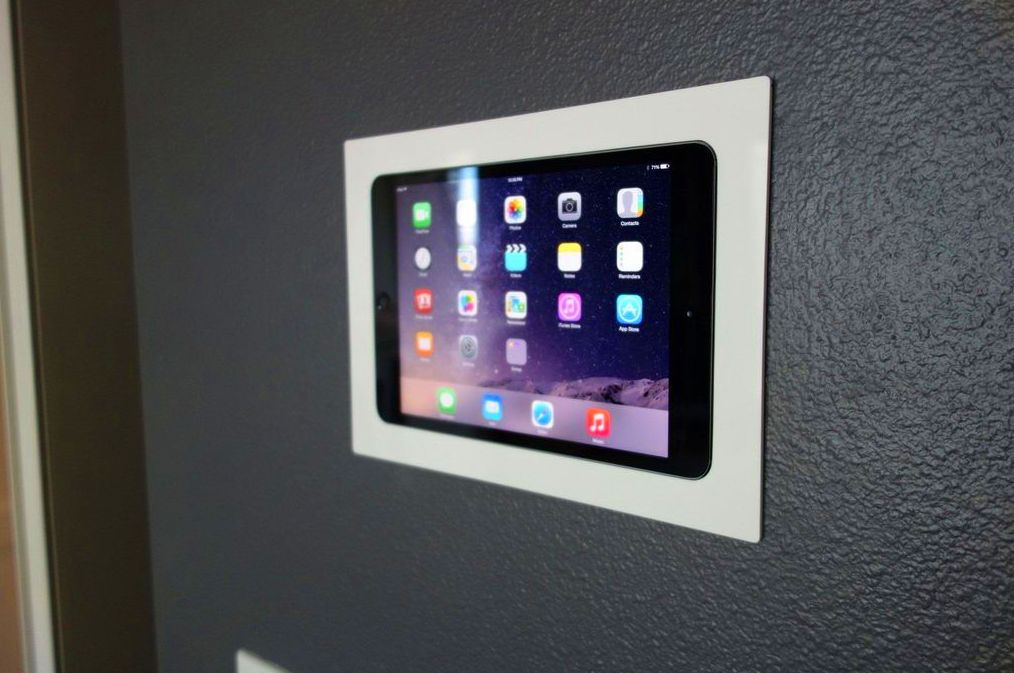 Soporte empotrado Pared Ipad.