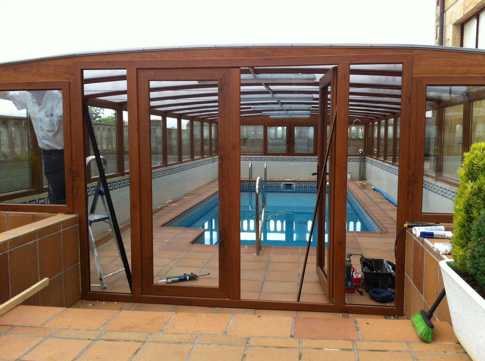 Recubrimiento de piscina en Muriedas