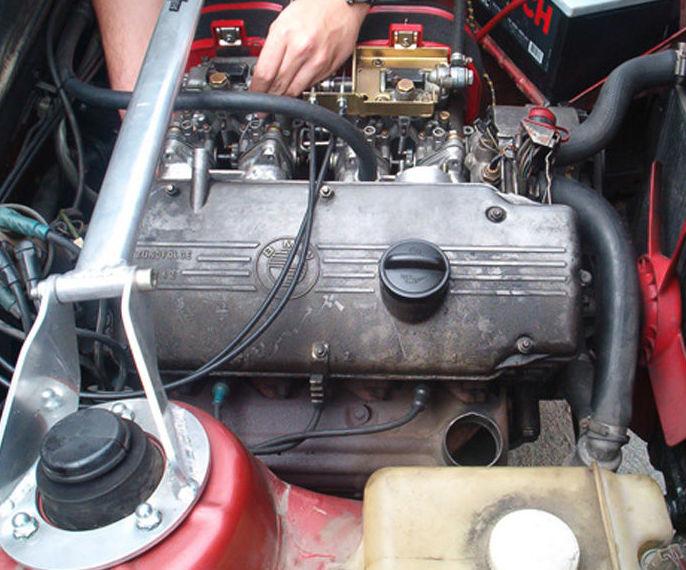 Mecánica en general : Nuestros servicios de Talleres Enjocar
